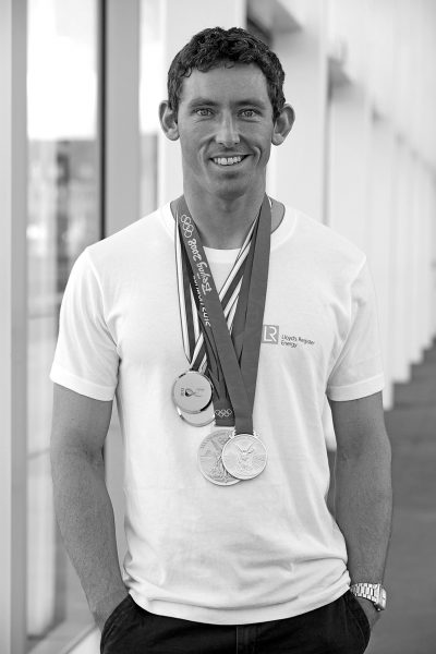 DF-medals-casual_b&w