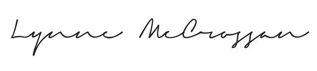 Lynne McCrossan Signature