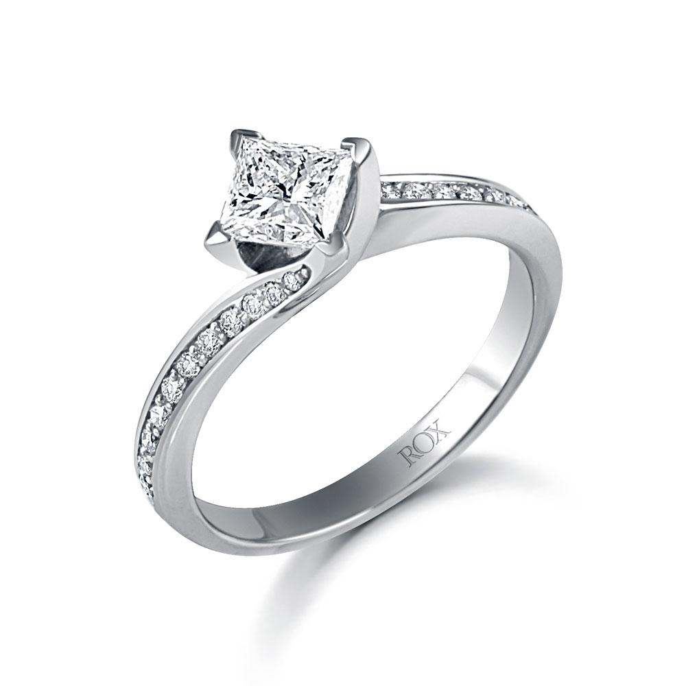 ROX Vintage Princess Cut Diamond Shoulder Ring 0.85cts