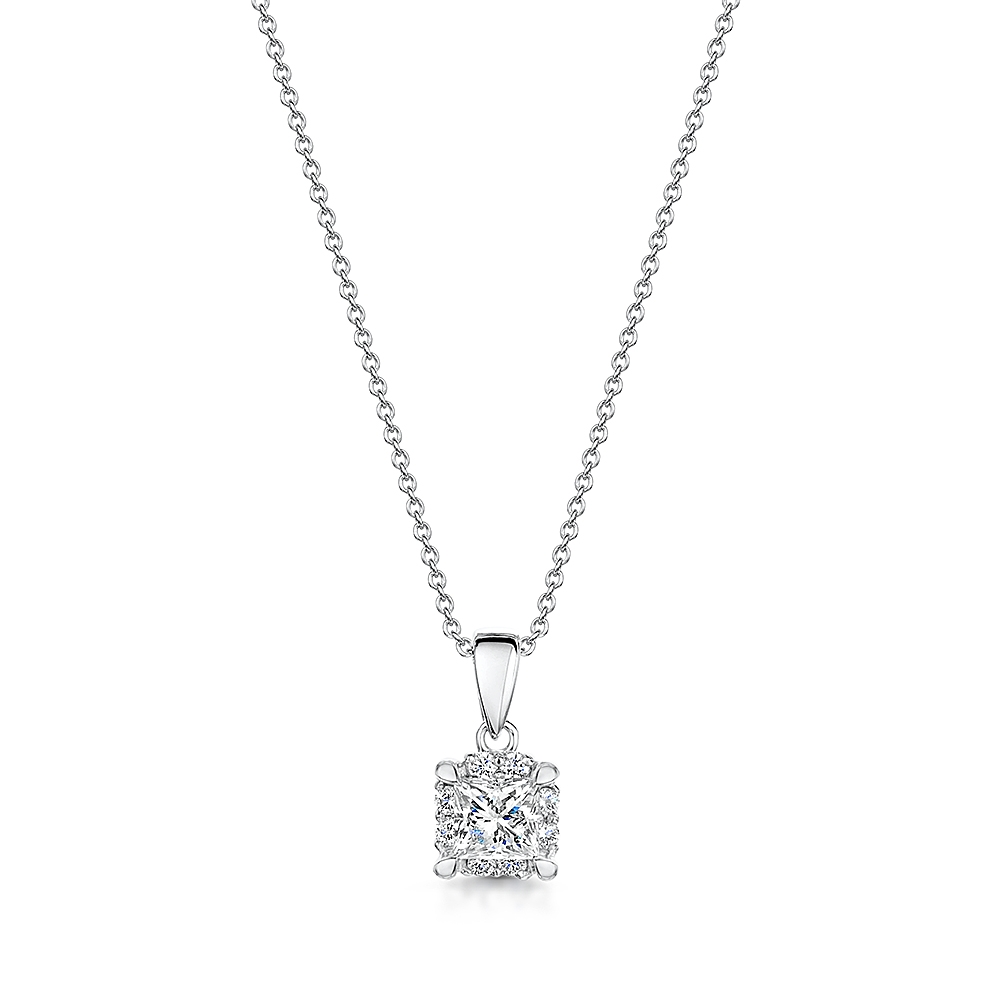 Solitaire Halo Diamond Necklace 0.30cts
