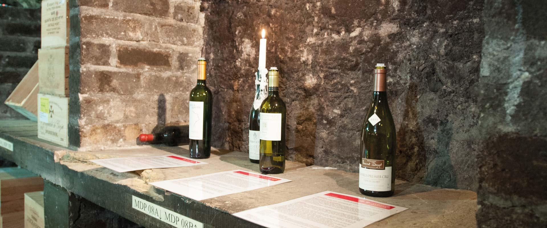 Become a Wedding Wine Expert